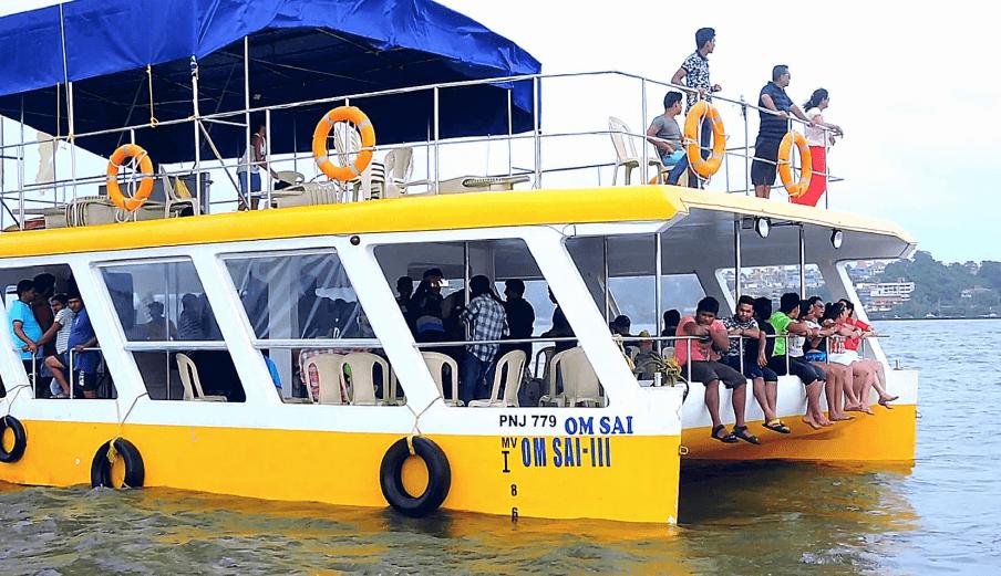 catamaran-cruise-goa